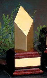 TZ2520 Gold obelisk on piano finish base 170mm  $45.00
