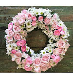 Round Wreath of Whites and Pinks