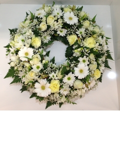 Round Traditional Wreath in Whites and Creams