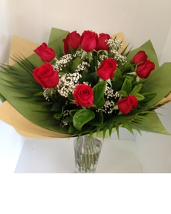 A dozen red rose bouquet