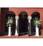 White bouquets and pedestals