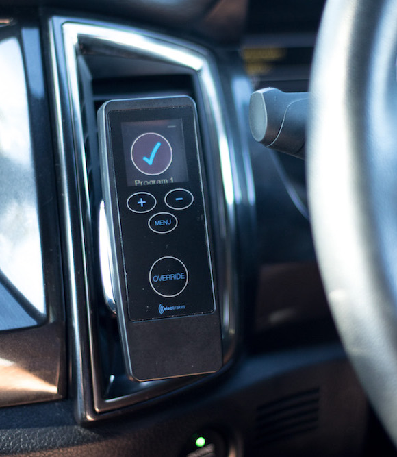 Elecbrakes_Remote_In_Car-small.jpg