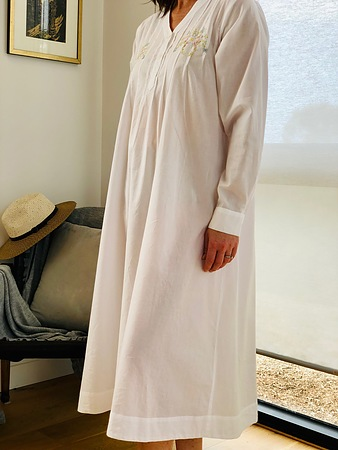 Cotton Nightie MND 774  Cotton nightie 48 inch white long sleeve with embroidery - Image 2