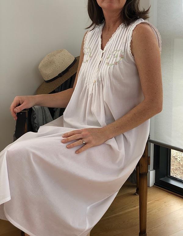 Cotton Nightie MND777W  Cotton nightie white sleeveless, lace trim  with embroidery