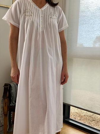 Cotton Nightie MND 778W  Cotton nightie 48 inch white short sleeve with embroidery - Image 2
