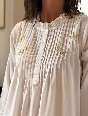 Cotton Nightie MND 783W Cotton nightie 48 inch Brushed Twill with Embroidery - Image 2