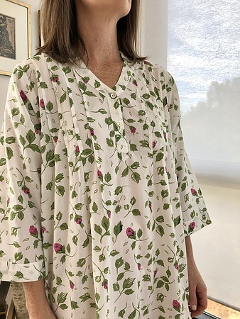 Cotton Nightie MND784R Cotton nightie 48 inch Rosebud print 3.4 sleeve - Image 2