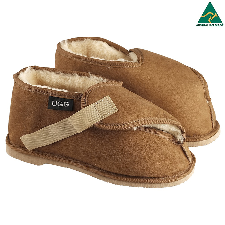 Medical Slippers - Image 1