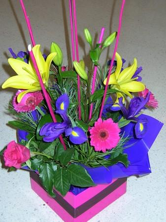 more on BRIGHT ARRANGEMENT IN  BOX