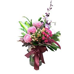 more on Large Flower Arrangement - Glass vase