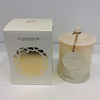 NEW - Glasshouse Fragrances -White Christmas Cedar Leaf and Fruity Clove