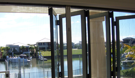 Retractable fly screens for bifold doors retractable fly for Accordion retractable screen doors
