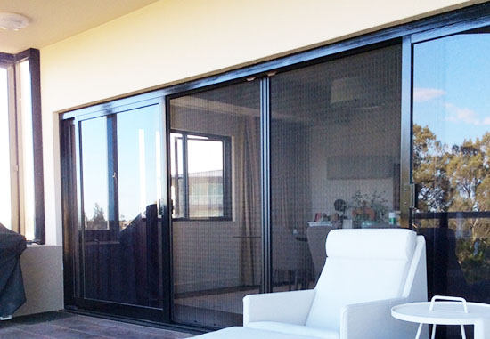 Models retractable fly screens perth insect screens for Retractable fly screens perth