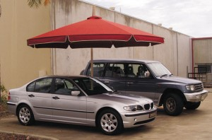 Cantilever Umbrella Classic in down position