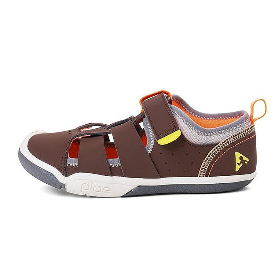 FINAL SALE ITEM Discontinued Colour  Sam Chocolate US 2 and 2.5 youth - Image 1