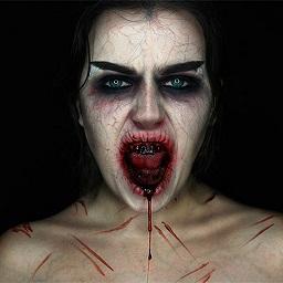 Stage_Blood_Mehron_Model.jpg