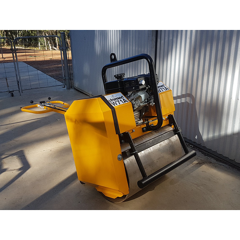 W71A Compacting Roller + Electric Start - Image 1