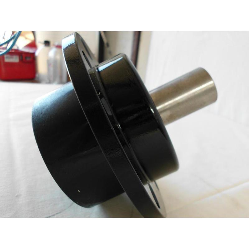 VR38 Bearing Housing + Stub Axle - Image 1